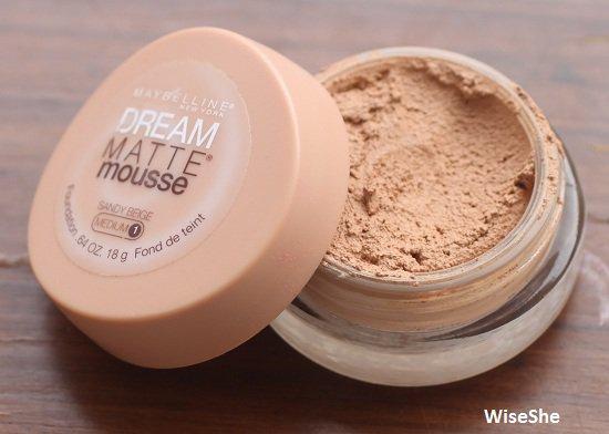 Maybelline-dream-matte-mousse-sandy-beige-medium-foundation-review
