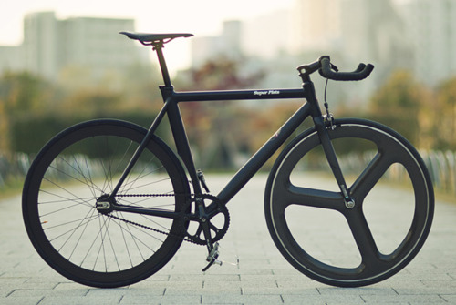 matte_black_fixie_single_speed_bicycle